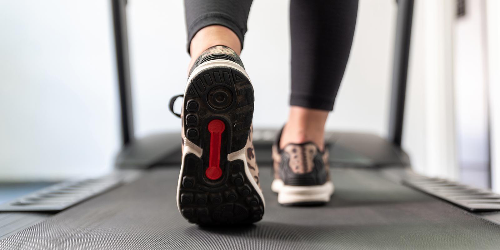 utprovning av sko på löpband - Idrottsortopedi